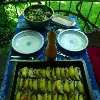 6.6.16 - Zitronenkartoffeln,Forelle,Salat (13)
