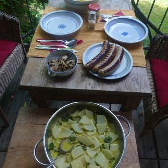 13.7.16 - Mairübchen,Kartoffelstampf,Bratwurst (16)
