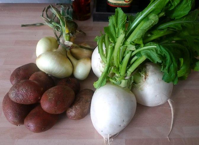 13.7.16 - Mairübchen,Kartoffelstampf,Bratwurst (3)