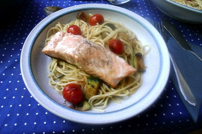 Lachs,Nudeln,Zucchini,Dessert (7) - Kopie