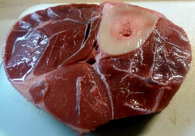 gemusesuppe-mit-beinscheibe-und-nudelnpflaumenkompott-1w