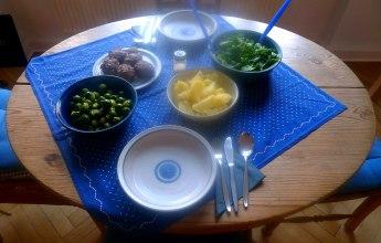frikadellenrosenkohlfeldsalatsalzkartoffeln-11