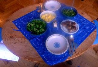 frikadellenrosenkohlfeldsalatsalzkartoffeln-12