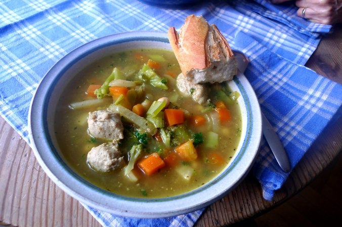 Orientalische Gemüsesuppe (1).JPG