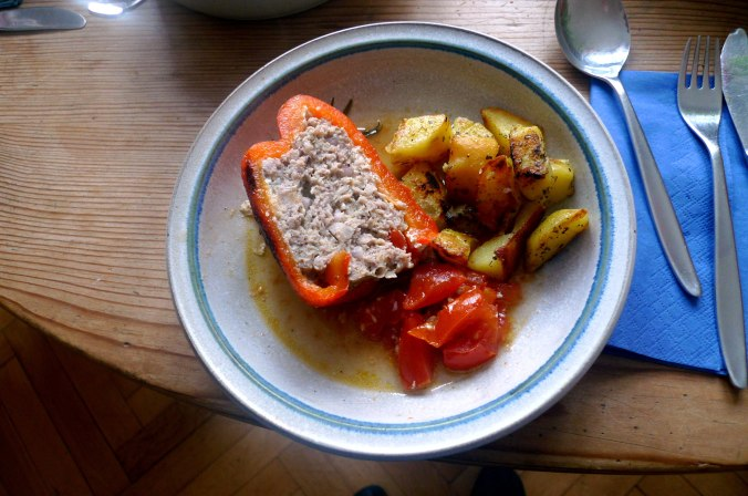 gefullte-paprikabratkartoffelnquitten-joghurtspeise-1