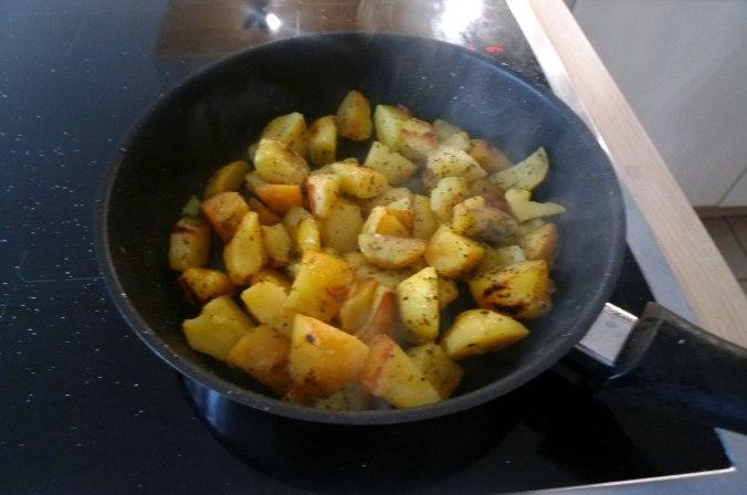 gefullte-paprikabratkartoffelnquitten-joghurtspeise-13