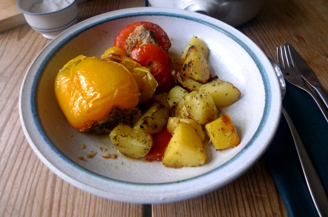 gefullte-paprikabratkartoffelnquitten-joghurtspeise-15