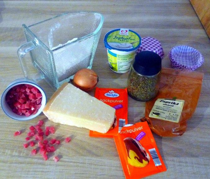 schinken-kase-muffinsbabyspinatkohlrabigemusegurkensalat-13