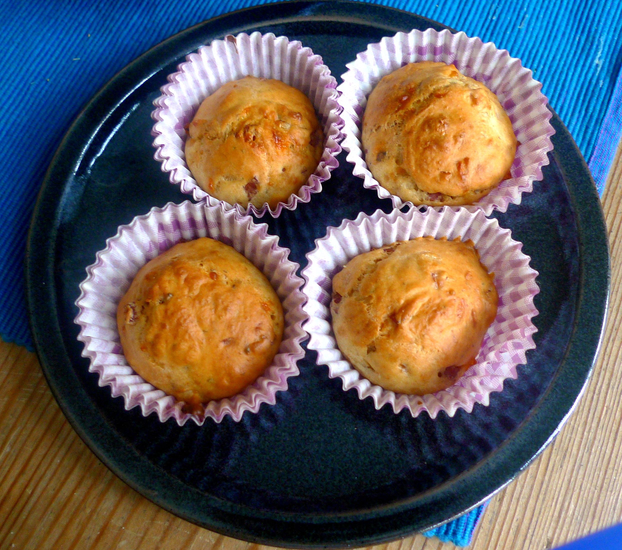 schinken-kase-muffinsbabyspinatkohlrabigemusegurkensalat-16