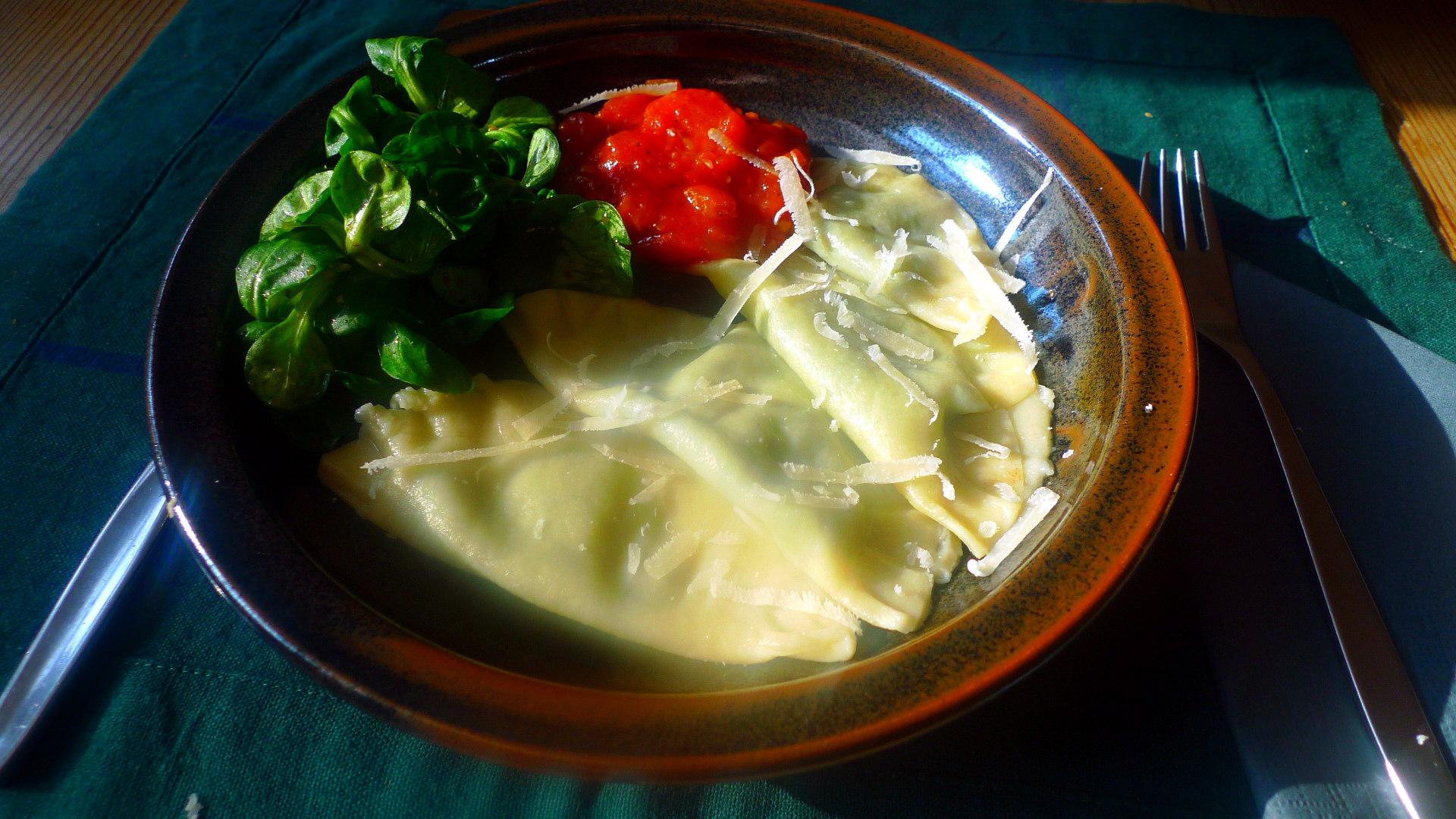 raviolitomatenragoutfeldsalat-18
