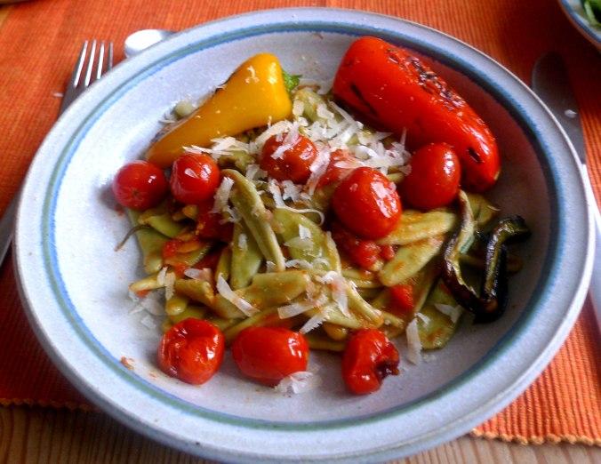 spinatnudelntomatensugopflucksalat-15