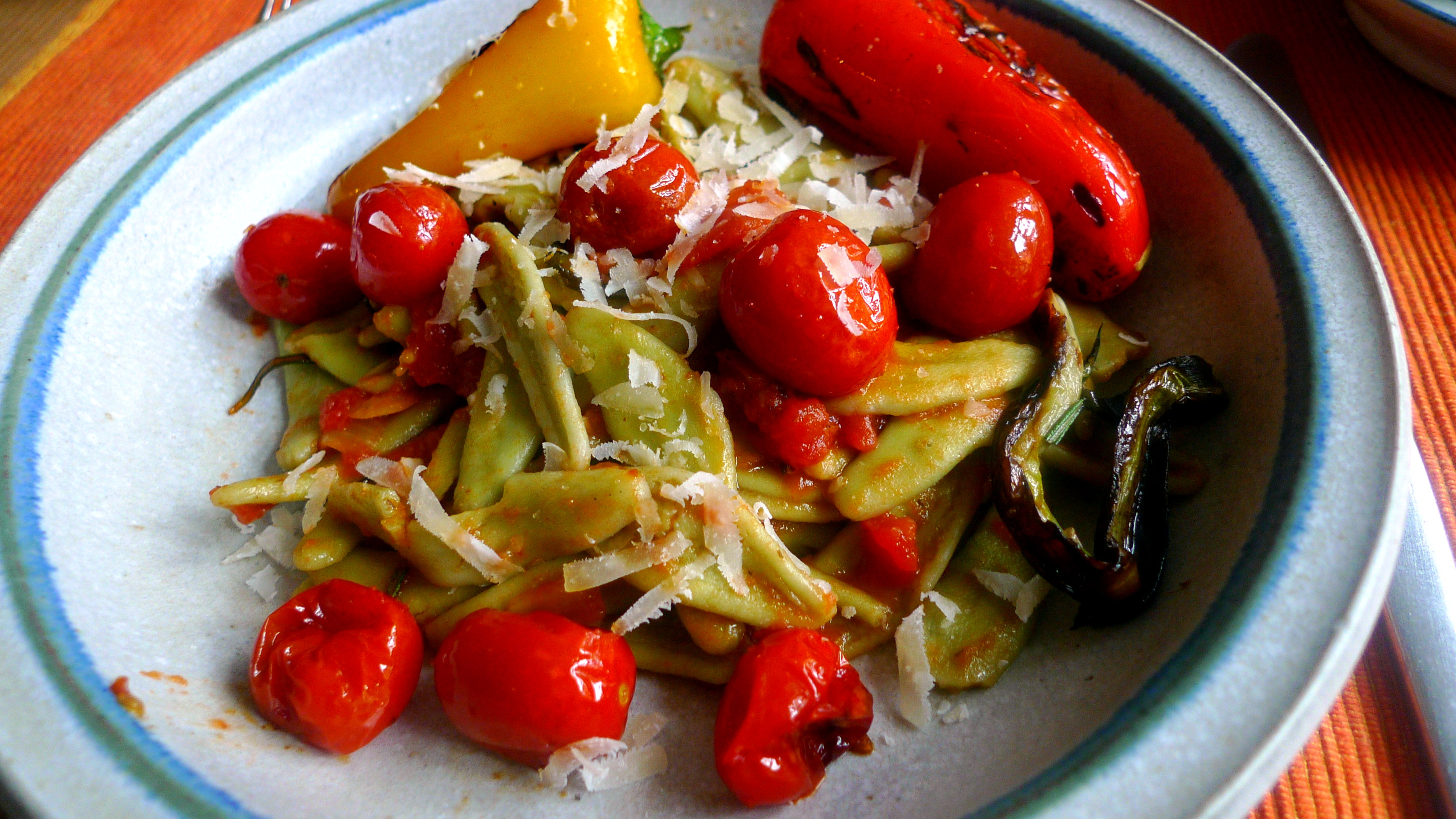 spinatnudelntomatensugopflucksalat-16