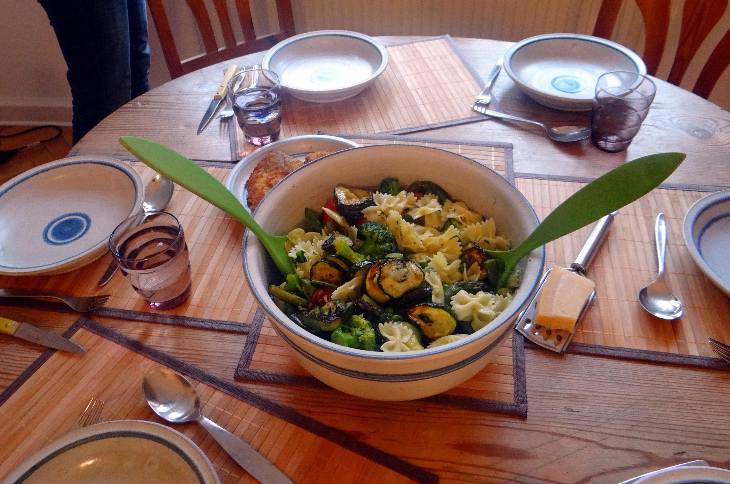 Grünes Gemüse mit Nudeln (12)