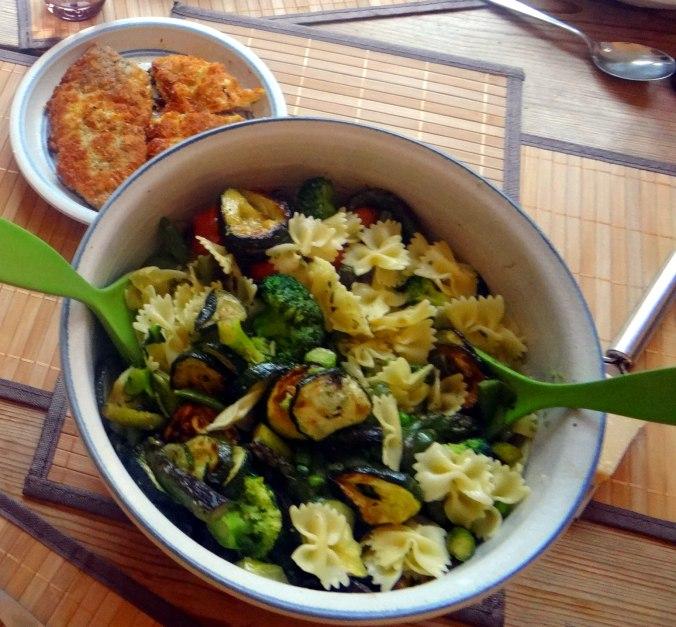 Grünes Gemüse mit Nudeln (13)