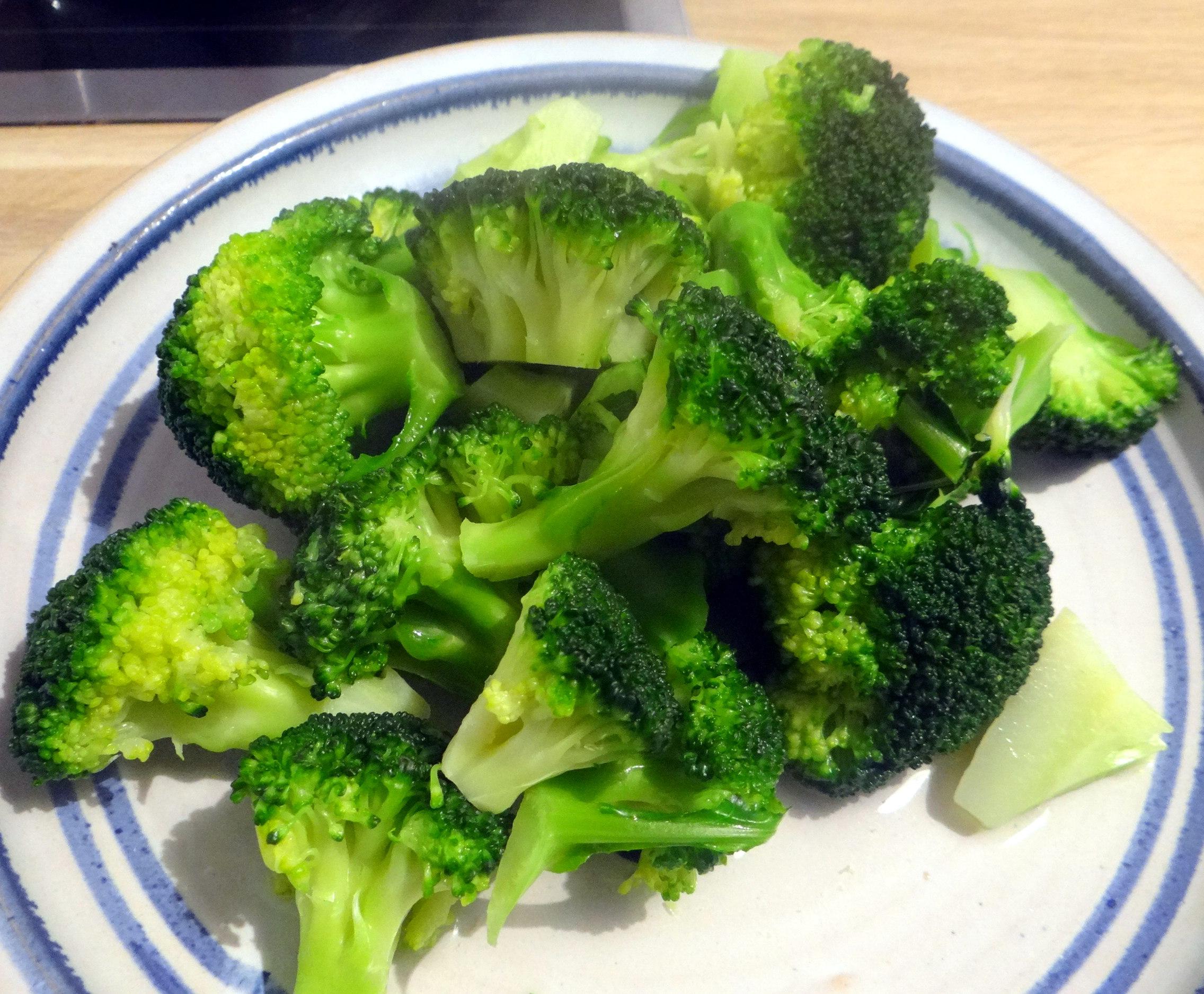 Grünes Gemüse mit Nudeln (5)