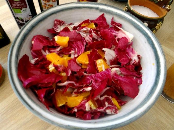 Kartoffelbrei,Salate,Spiegelei (17)