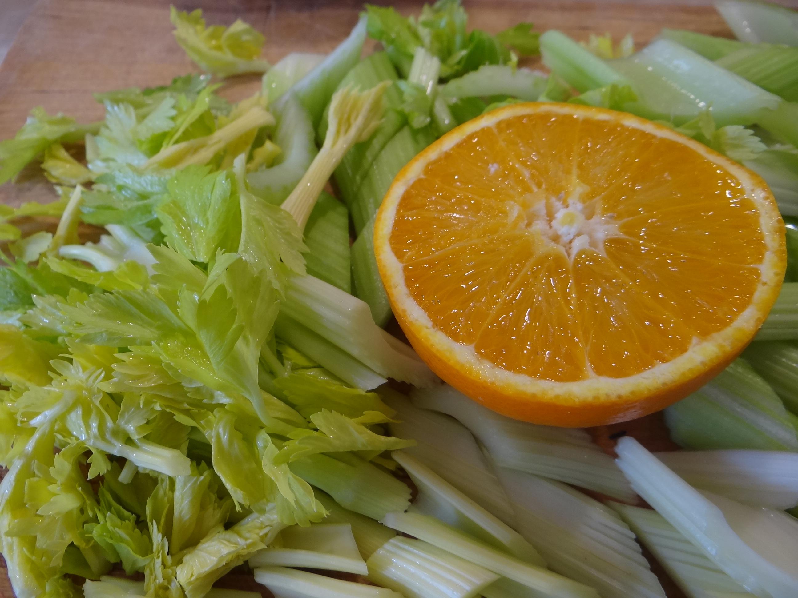Pastinaken-Kartoffelstampf,Bleichsellerie Gemüse,Salat,Spiegelei (6)