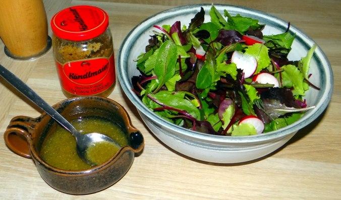 Rotbarsch,Pflücksalat,Pellkartoffeln (3)