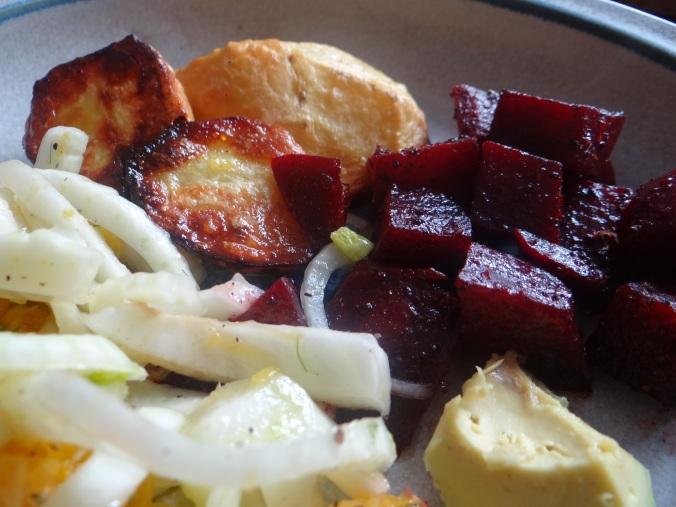 Rote Beete Gemüse,Ofenkartoffel,Fenchelsalat, (14)