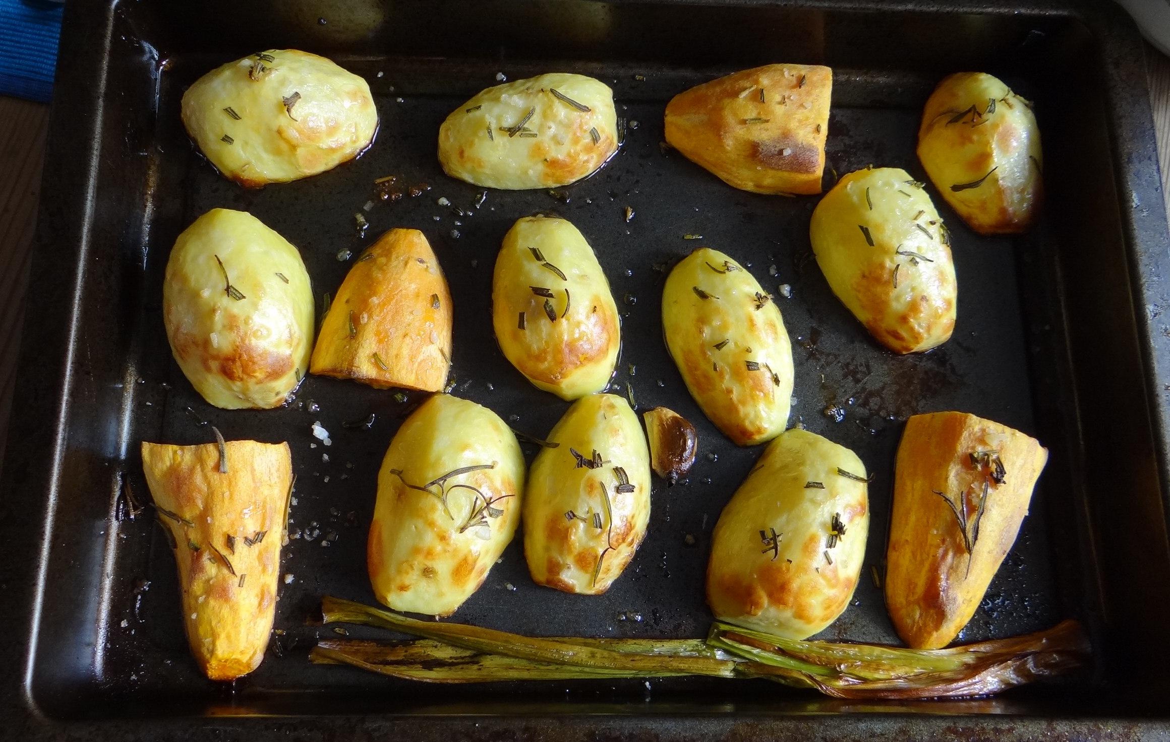 rote-beetegemuseofenkartoffelquark-dipfeldsalat-11
