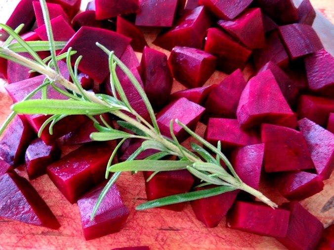 rote-beetegemuseofenkartoffelquark-dipfeldsalat-5