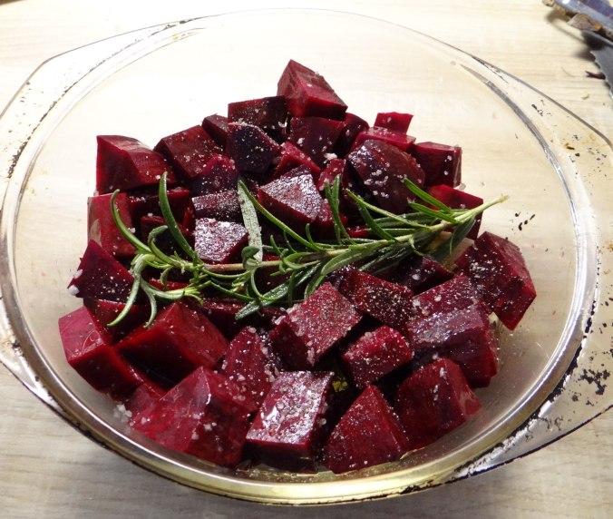 rote-beetegemuseofenkartoffelquark-dipfeldsalat-6