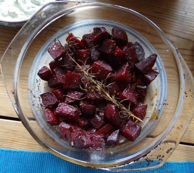 rote-beetegemuseofenkartoffelquark-dipfeldsalat-7