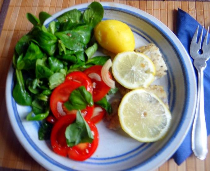 Seelachs,Tomatensalat,Feldsalat (17)
