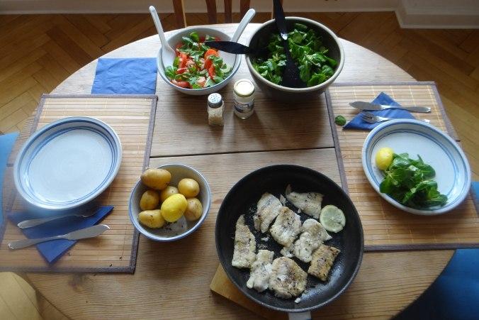 Seelachs,Tomatensalat,Feldsalat (2)