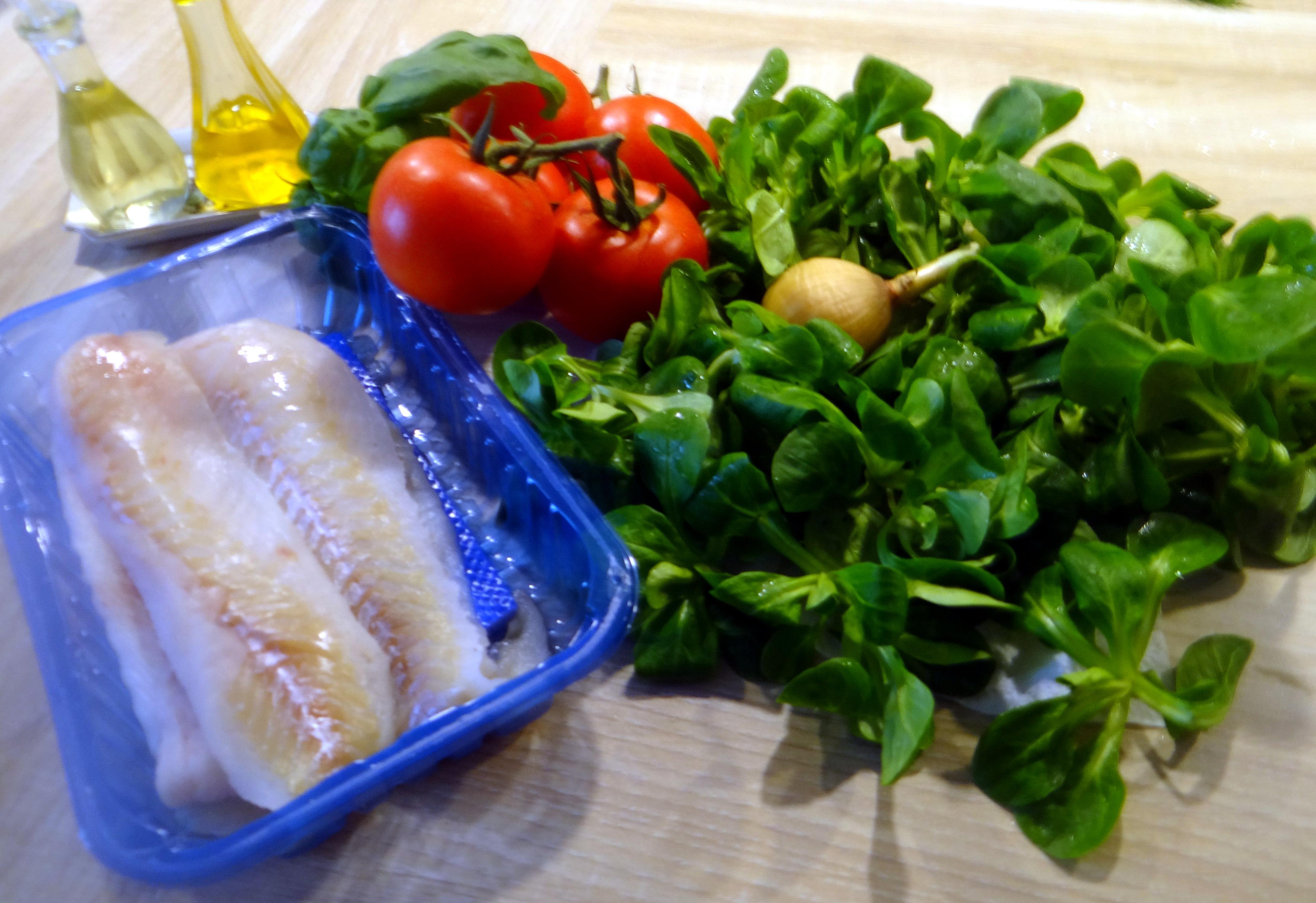 Seelachs,Tomatensalat,Feldsalat (4)