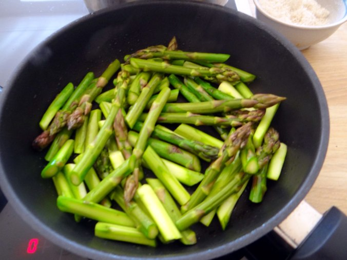 Shitake,Champignon,grüner Spargel,Pellkartoffeln,Rosins Kuchen (10)
