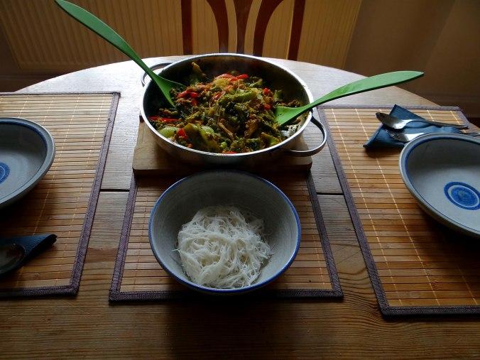 Brokkoli mit Erdnüssen und Glasnudeln (3)