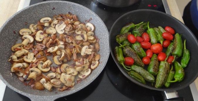 Buchweizen Spirelli,Pimientos,Gurkensalat (10)
