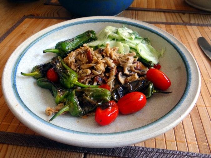 Buchweizen Spirelli,Pimientos,Gurkensalat (20)