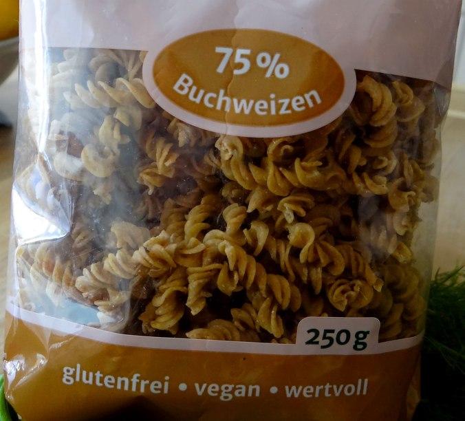 Buchweizen Spirelli,Pimientos,Gurkensalat (3)