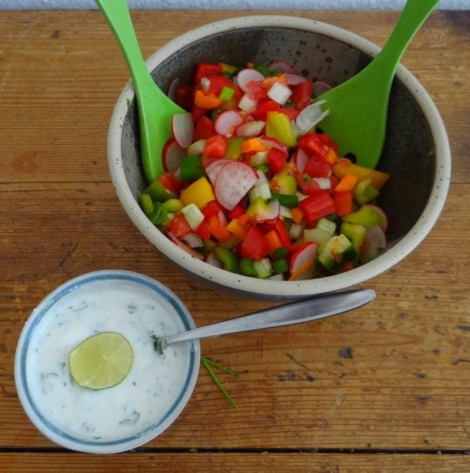 Forelle,Kartoffeln,Salat,Dips (7)