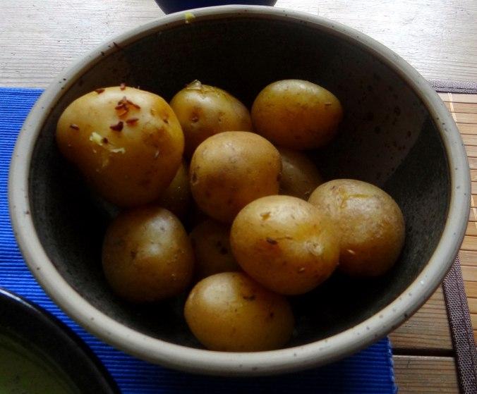Frankfurter grüne Soße,Pellkartoffeln (15)