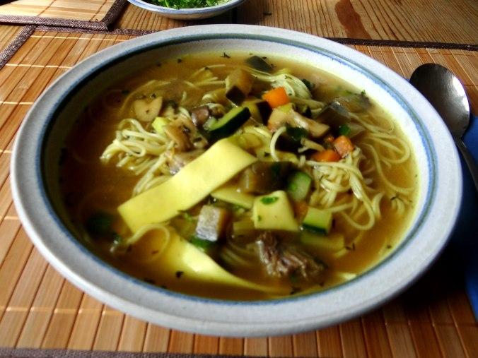 Gemüsesuppe mit Nudeln (12)