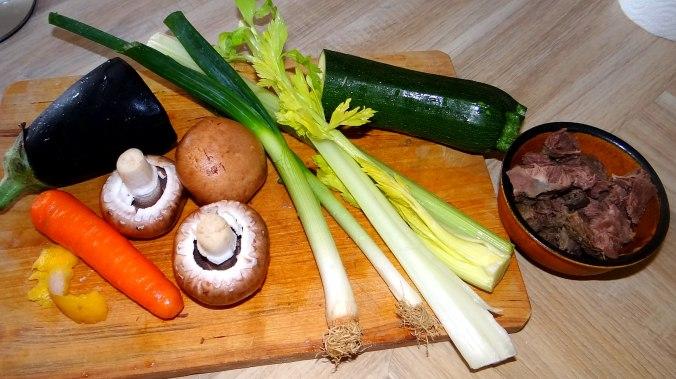 Gemüsesuppe mit Nudeln (4)