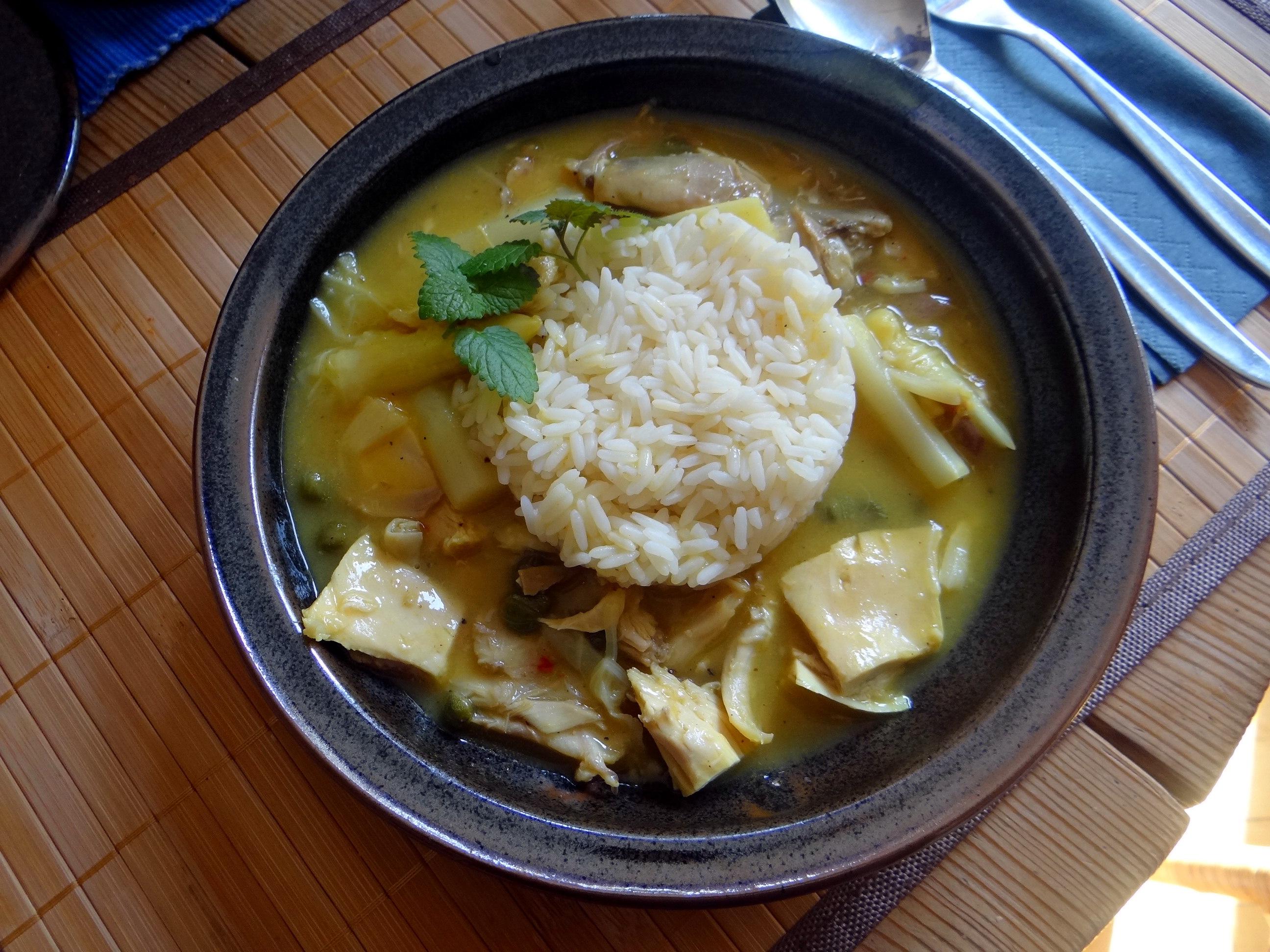 Hühnerfrikassee,Reis (1)