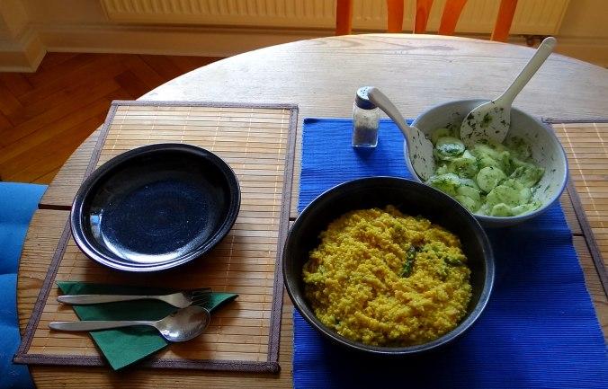 Hirsotto mit grünem Spargel,Gurkensalat (2)