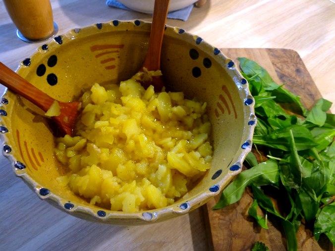 Kartoffelsalat,Rührei (6)
