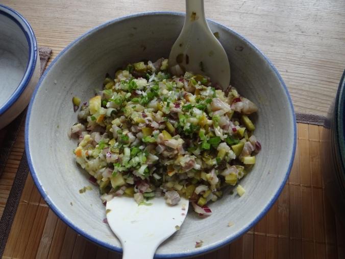 Matjes Tatar,Salate,Pellkartoffeln (15)