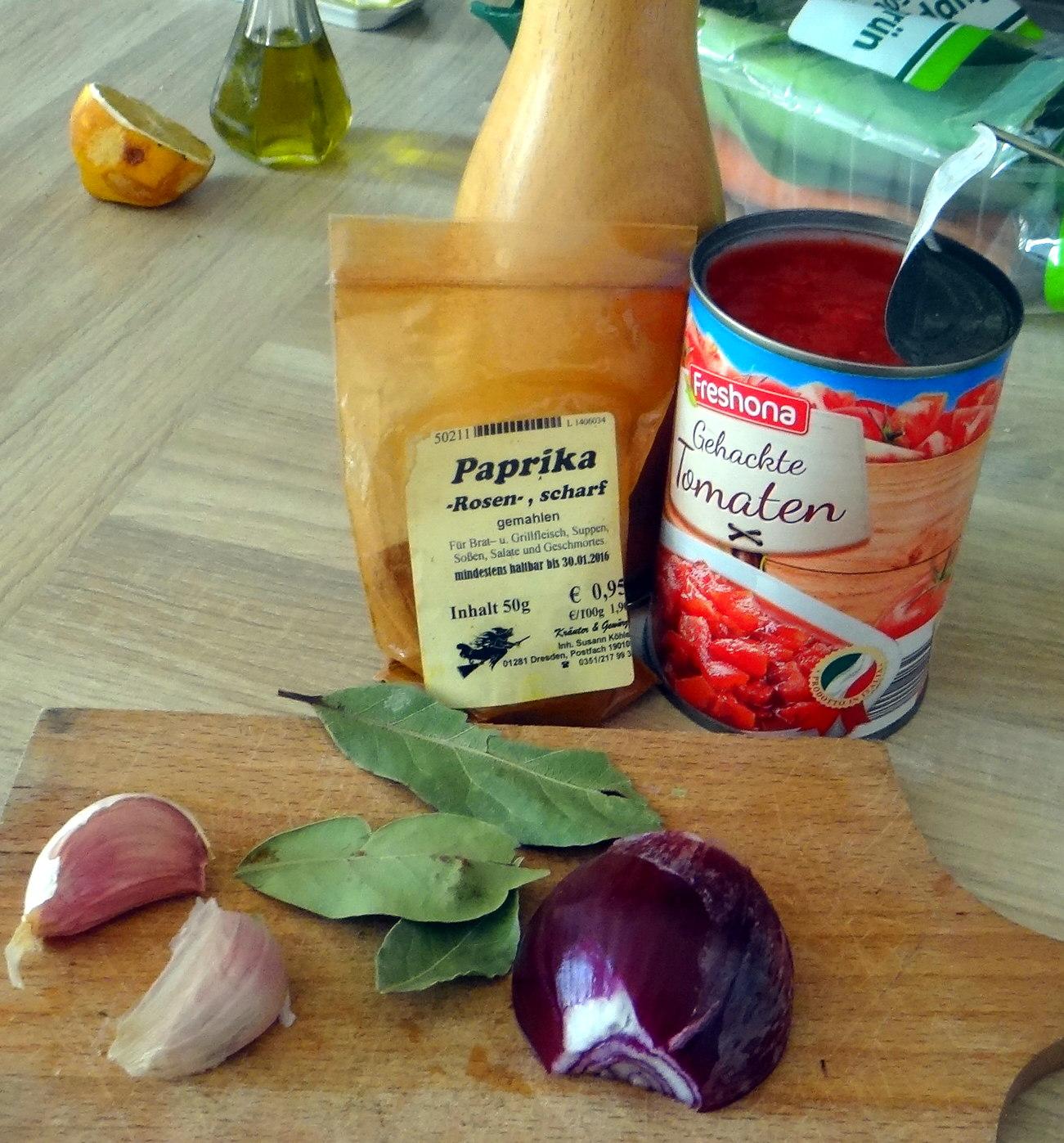 Nudeln,Zucchini Nudeln,Tomaten Soße (5)