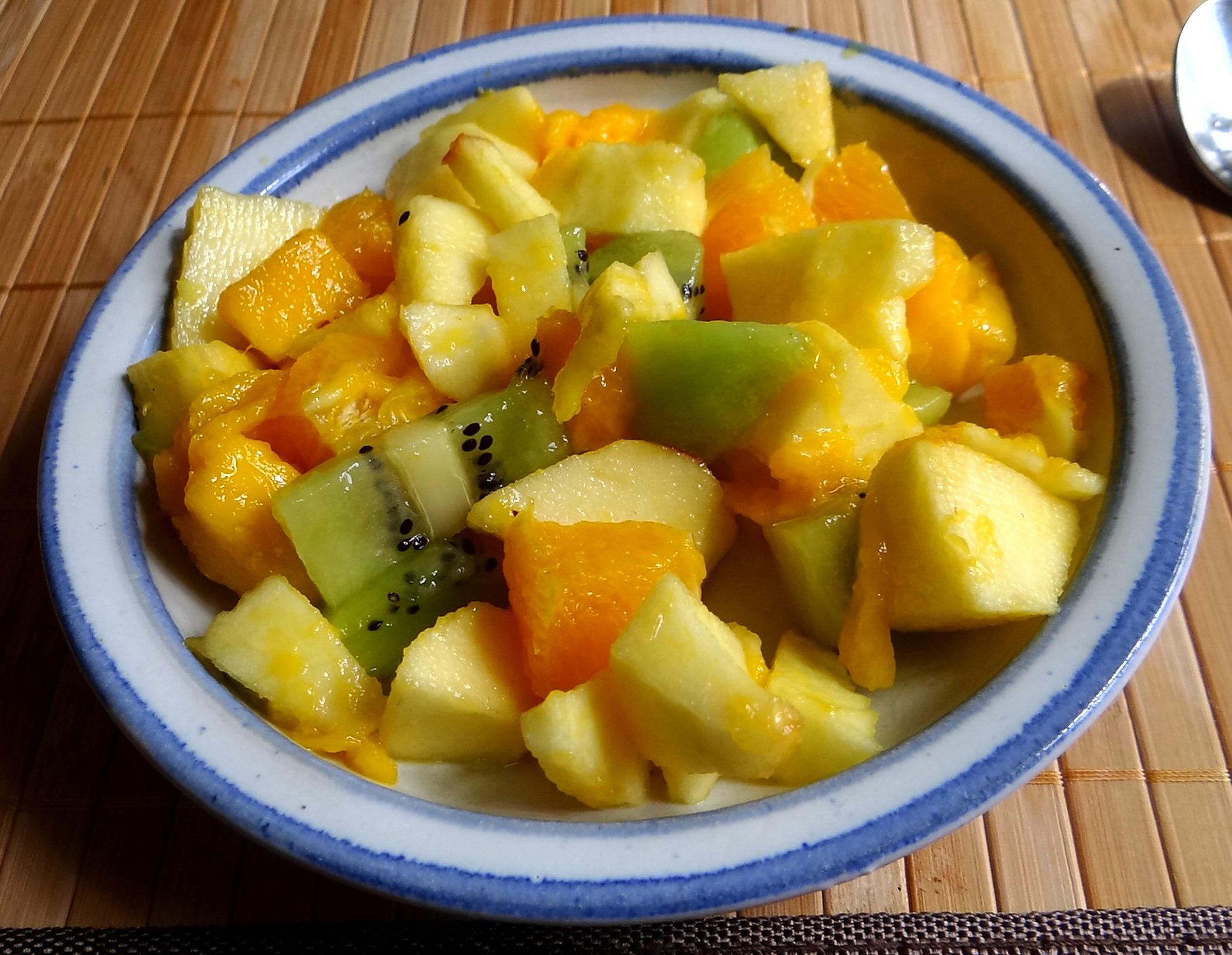 Süßkartoffel Pommes,Salate,Obszsalat (4)