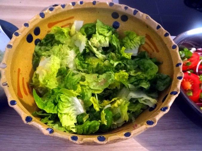 Basilikum Gnocchi mit Tomatensauce und Salaten (17)