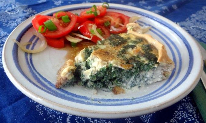 Brennessel Pizza- Quiche-Tarte,Tomatensalat(20)