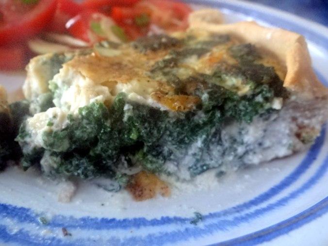 Brennessel Pizza- Quiche-Tarte,Tomatensalat(21)