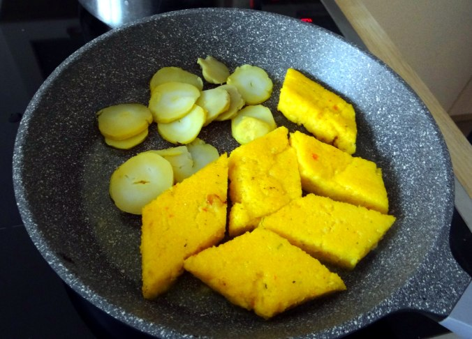 Mairübchen,Polenta,Quarkspeise,vegetarisch (14)