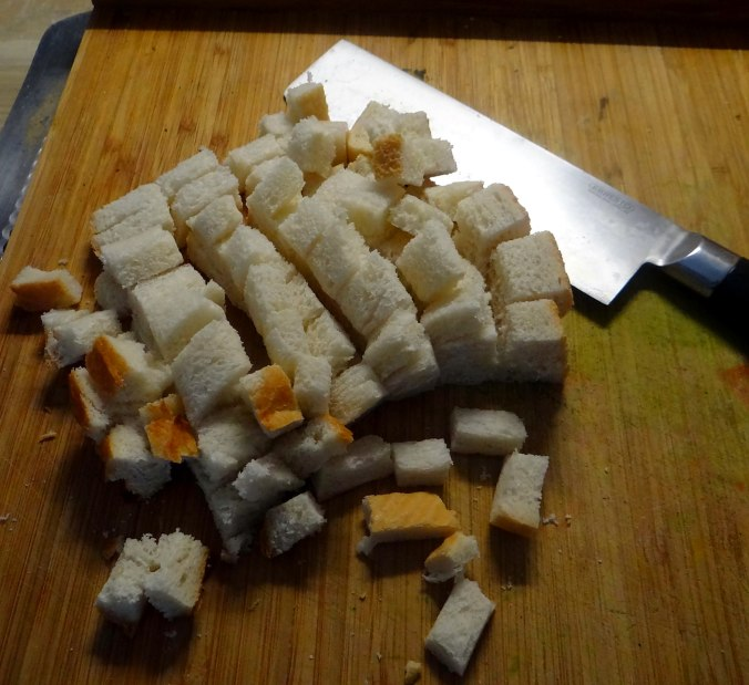Minestra mit Bleichsellerie un Paprika,Obstsalat,vegetarisch (12)